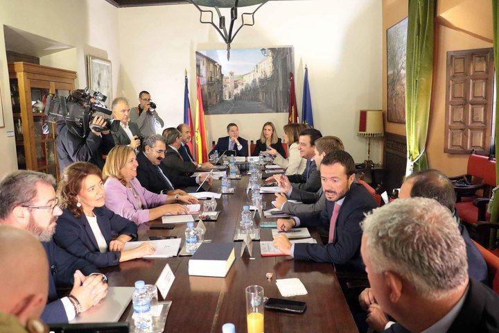 Gobierno regional y municipal se comprometen a convertir La Alameda de Sigüenza en un espacio emblemático