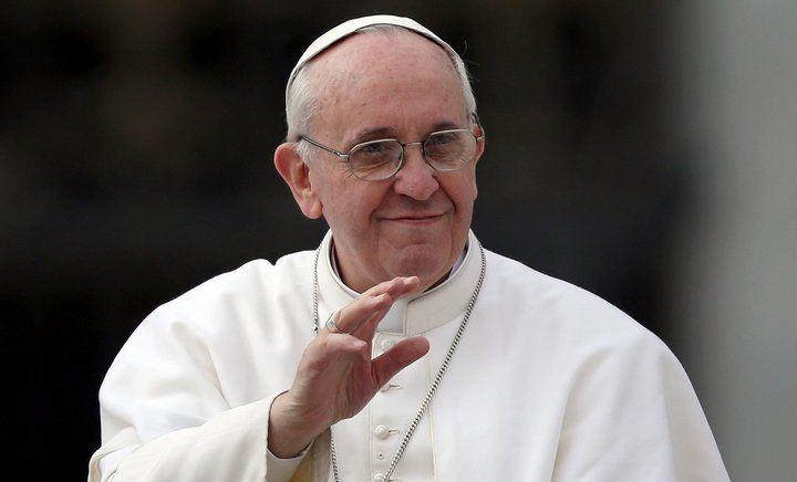 El papa Francisco felicita al obispo Atilano por sus 50 años de sacerdote
