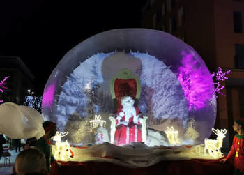 Papá Noel llegó el sábado a la Plaza Navideña de Azuqueca