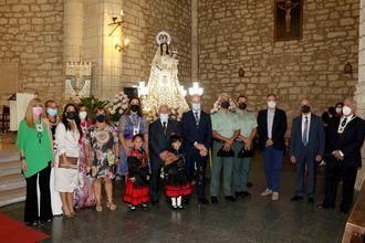 Pareja vivió con emoción y responsabilidad el Día de la Virgen de los Remedios