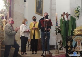 Emotivo homenaje de despedida a don Rafael Benito García, cura-párroco de Yunquera