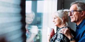 Qué tienen que tener en cuenta los mayores cuando vuelvan a salir a pasear