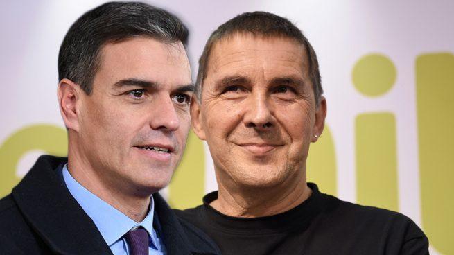 El PSOE y Bildu se alían en Pamplona para arrebatar un puesto clave a Navarra Suma