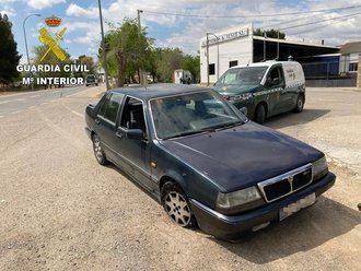 La Guardia Civil de Toledo detiene a dos hombres por darse a la fuga en un control policial con un vehículo robado