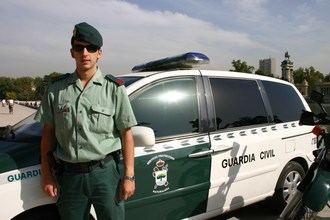 Detenida una mujer en Azuqueca de Henares por dejar solas a sus hijas de 1 y 3 años en casa