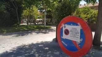 """Malestar entre los comerciantes de la Plaza del General Vives de Azuqueca, que denuncian el cierre """"por sorpresa"""" de este espacio"""