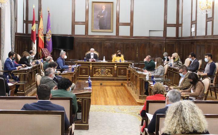 El PP tacha de INEXPLICABLE el NO del PSOE a la defensa del transporte en la provincia de Guadalajara
