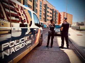 La Policía Nacional detiene a un varón que intentó agredir sexualmente a una mujer en un parque de Guadalajara