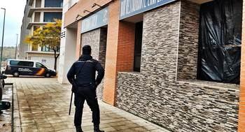 La Policía Nacional detiene a los autores de un robo con fuerza en un bar de Guadalajara capital