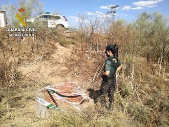 La Guardia Civil de Toledo auxilia a un hombre que se lanzó a un pozo para rescatar a su perro