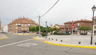 UN APLAUSO : El Ayuntamiento de Yunquera de Henares elimina el PUNTO NEGRO del cruce del paseo de la Estación