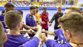 El Quabit suda la camiseta en su último amistoso, sin que acompañe el resultado