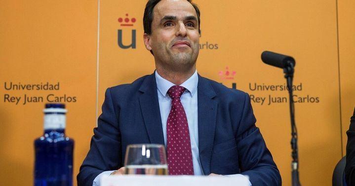 Se admite a trámite la la querella contra el rector de la URJC por malversación, falsedad en documento público y prevaricación