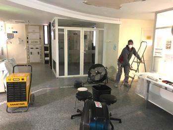 Resuelta en menos de una hora una avería que afectó en el día de ayer al techo de uno de los módulos de la UCI del Hospital de Guadalajara