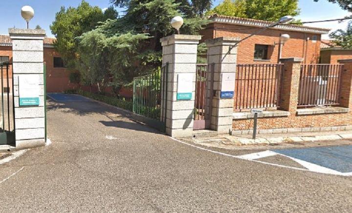 """Las """"cifras ocultas"""" de Page, según OKDIARIO : 39 ancianos fallecidos por coronavirus en la Residencia """"San José"""" de Toledo, gerenciado por el marido de la consejera de Educación"""