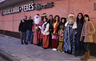 Un tren AVE trajo en apenas 23 minutos a los Reyes Magos desde Madrid para participar en la Cabalgata de Valdeluz