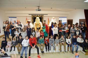 La visita de los Reyes Magos a Yebra volvió a llenar de magia e ilusión el final de la Navidad
