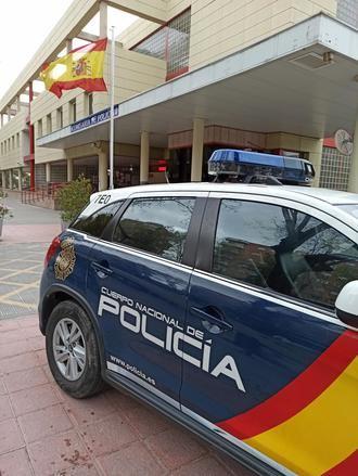 La Policía Nacional detiene en una céntrica calle de Guadalajara a la presunta autora de un robo con violencia a una mujer de avanzada edad que requirió hospitalización