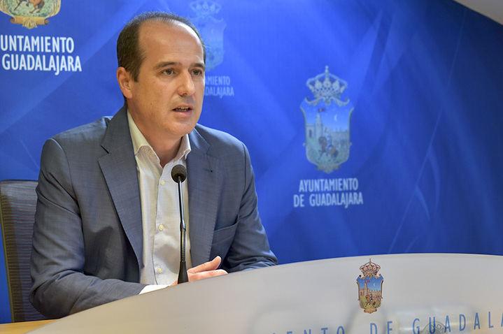 El alcalde de Guadalajara iniciará una ronda de contactos con entidades del Tercer Sector para abordar la recuperación social posterior al COVID-19