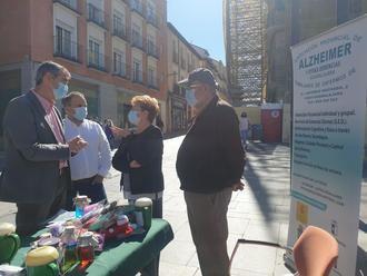 El senador Antonio Román reclama más apoyo a la investigación y un aumento de Centros de Día de Alzheimer