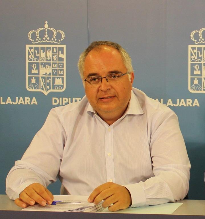 """El PP apunta que """"refugiarse detrás de un informe técnico como han hecho es un acto de desvergüenza política y de utilización descarada de los profesionales de la Diputación de Guadalajara"""""""