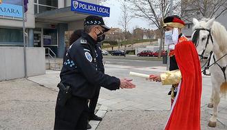 ATENCIÓN NIÑOS : El alcalde autoriza a sus Majestades los Reyes Magos de Oriente su llegada a Guadalajara para repartir ilusión a las niñas y niños