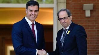 El PSOE se retrata : El socialista Iceta se abstiene en la moción contra Torra y mira