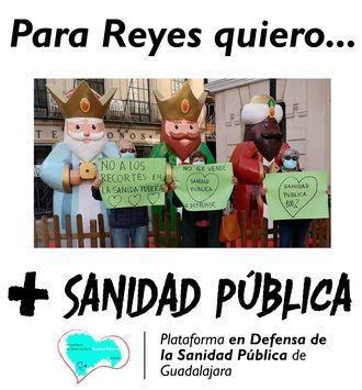 Los integrantes de la Plataforma en Defensa de la Sanidad Pública de Guadalajara escriben su Carta a los Reyes Magos
