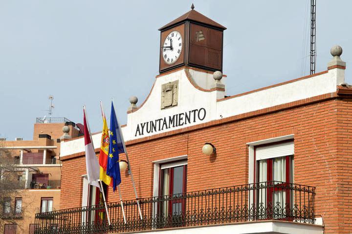 Adjudicado el contrato de los servicios jurídicos municipales del Ayuntamiento de Azuqueca