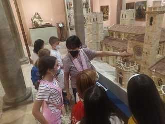 El programa 'Conoce Tu Ciudad, Conoce Tu Patrimonio' ha acercado la historia y la cultura de Sigüenza a los niños