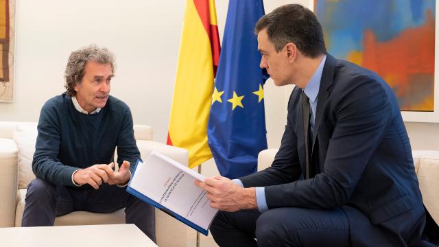 """La Mesa del Turismo pide la DIMISIÓN de Fernando Simón por """"celebrar la ruina del sector"""""""