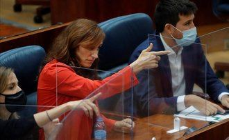 IMPRESENTABLE : La líder de Más Madrid Mónica García simula