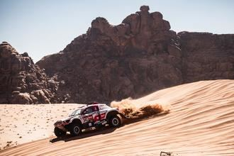SsangYong firma su mejor etapa hasta la fecha en el Dakar saudí