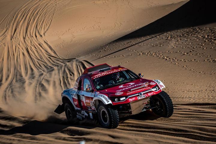 SsangYong Motorsport se mantiene en la pugna por el top 25 en el Dakar