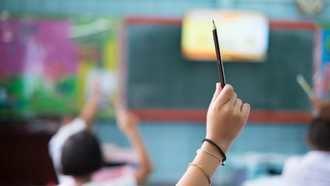 La ley Celaá permite que los alumnos de la ESO y de Bachiller podrán pasar de curso CON HASTA DOS SUSPENSOS