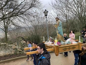 Tabladillo celebra su fiesta patronal en honor a la Virgen de las Candelas