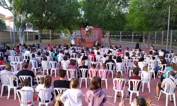 Más de 1.300 espectadores disfrutaron del IV Festival Titirinillas en Cabanillas