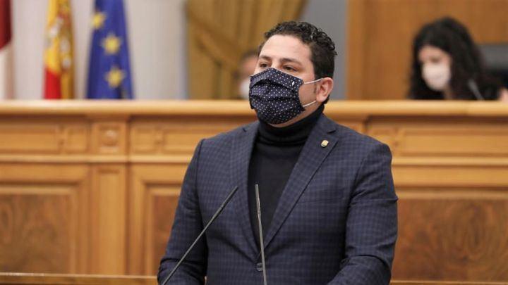 INCREÍBLE : El diputado socialista por Ciudad Real Iván Rodrigo SE SALTA la disciplina de voto y APOYA las enmiendas del PP en las Cortes de CLM