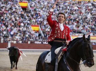 La tradicional corrida de Brihuega, importante reclamo turístico, hostelero y social