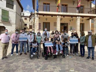 La solidaridad de los vecinos de Trillo recaudó 5.688 euros que se han donado a Nipace, Atenpace, Numen y Sicoes