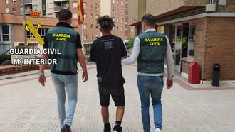 """La Guardia Civil detiene en Guadalajara y Azuqueca de Henares a tres jóvenes integrantes de la banda latina """"Trinitarios"""""""