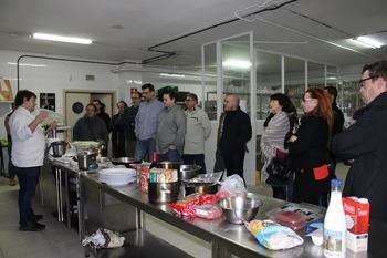 """Medio centenar de cocineros profesionales participan en los cursos """"Cocinar con trufa negra"""""""