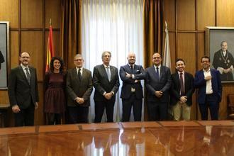 La Universidad de Alcalá y la consultora Thinking Heads firman un protocolo para desarrollar actividades que contribuyan a ampliar el conocimiento del sector financiero en España
