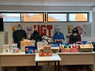 UGT dona material escolar y productos de primera necesidad a Cruz Roja en Guadalajara para ayudar a personas vulnerables