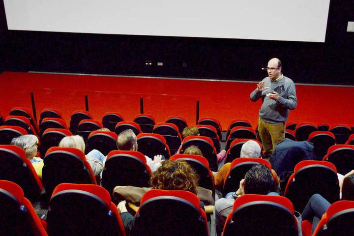 Una de las sesiones del curso pasado en la sala de cine del EJE. Fotografía: Álvaro Díaz Villamil / Ayuntamiento de Azuqueca
