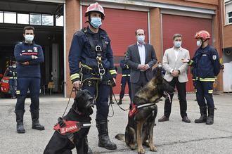 El Cuerpo de Bomberos de Guadalajara estrena la 'Unidad K9' para intervenciones de rescate con perros
