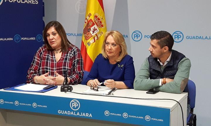 Vecinos de Azuqueca critican la paralización del proyecto 'Ecobarrios' y se sienten engañados por el Ayuntamiento del socialista Blanco