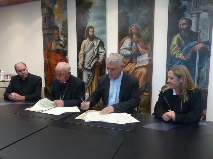 La Diputación de Guadalajara y Obispado firman dos convenios para restauración de iglesias y promoción del Museo de Arte Antiguo de Sigüenza