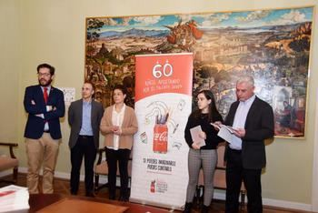 El presidente de la Diputación de Guadalajara recibe a la ganadora provincial del concurso Jóvenes Talentos 2019, de la Fundación Coca-Cola