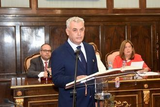 El presidente de la Diputación de Guadalajara pide dejar atrás los complejos políticos para construir un futuro juntos, en su felicitación de Año Nuevo